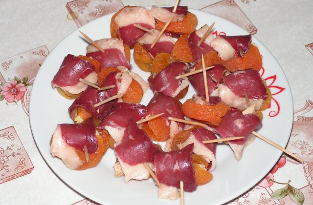 Abricots au foie gras et au magret de canard - Photo par kekeli
