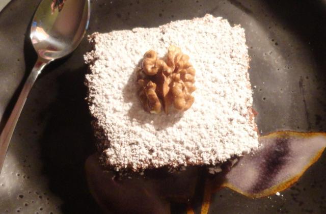 Brownies aux noix hachées et au sucre roux - Photo par lison.s