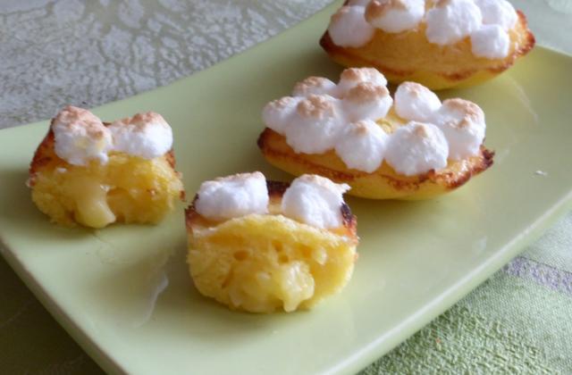 Madeleines façon tartes au citron meringuée, coeur coulant citron/coco - Photo par verobeJ