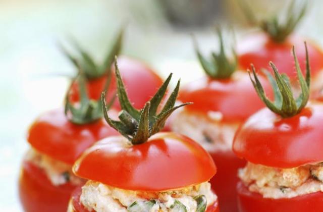 Tomates cocktail au thon - Photo par Amora