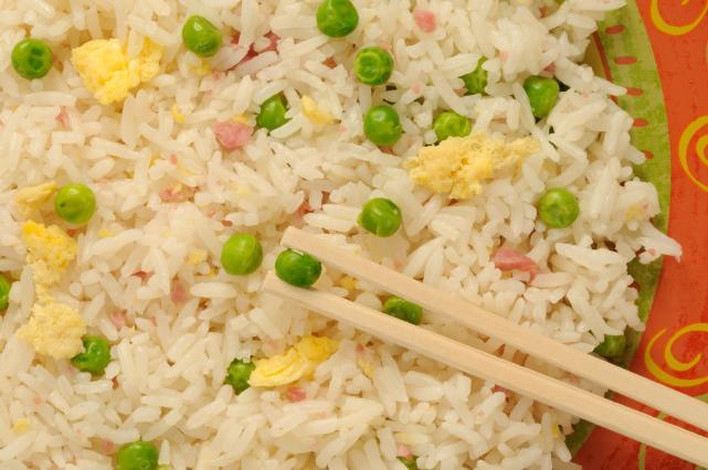 10 plats du monde que l 39 on fait avec du riz 9 photos - Absorber l humidite avec du riz ...