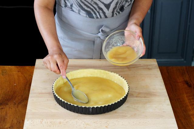 Diaporama comment pr parer une d licieuse tarte aux - Comment couper des pommes pour une tarte ...