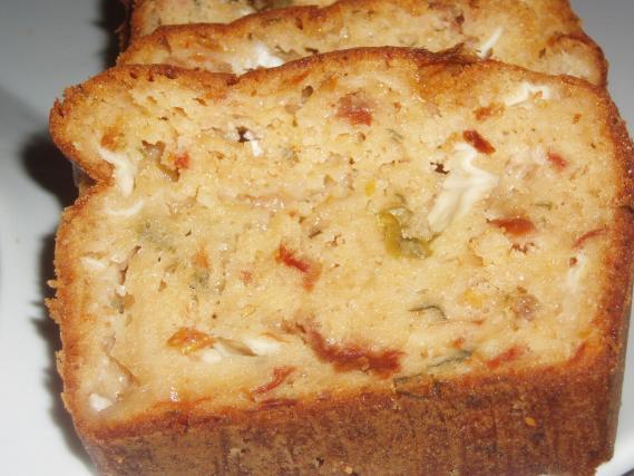 Recette Cake Au Fromage De Ch 232 Vre Et Tomates S 233 Ch 233 Es 750g