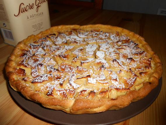 recette tarte aux pommes normande conomique 750g. Black Bedroom Furniture Sets. Home Design Ideas