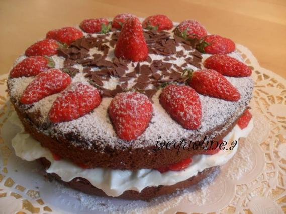 Gateau au fraise et chocolat