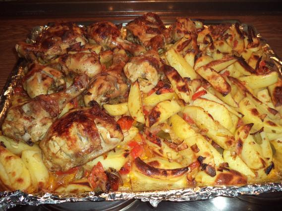 Recette cuisses de poulet et pomme de terre au four not e 4 1 5 - Cuisse de poulet au four ...