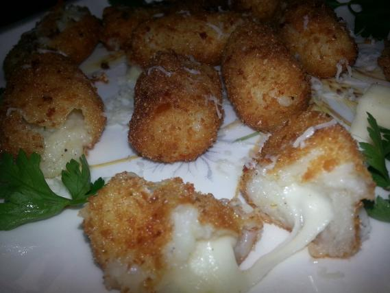 recette croquettes de pommes de terre farcies la mozzarella not e 4 5 5. Black Bedroom Furniture Sets. Home Design Ideas