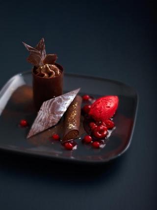 recette dessert chocolat avec sa compote de fruits. Black Bedroom Furniture Sets. Home Design Ideas