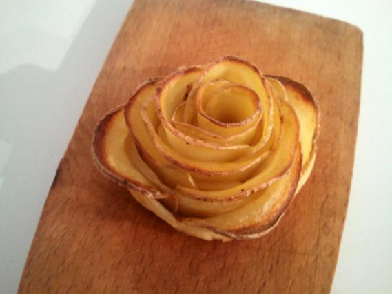 pomme de terre en forme de rose