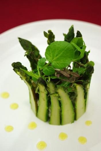 Recette charlotte de ch vre frais aux pointes d 39 asperges - Cuisiner les asperges vertes ...