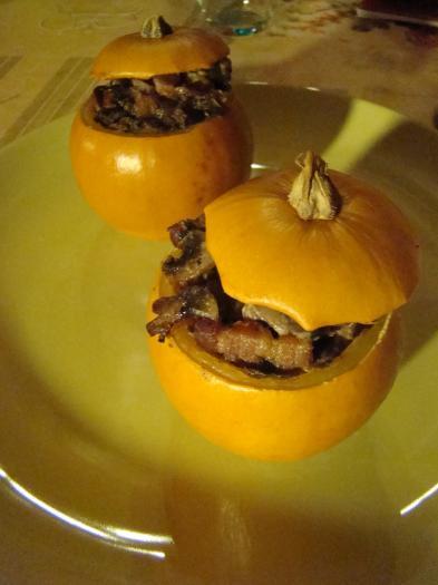 Recette courge pomme d 39 or farcie aux champignons 750g - Comment cuisiner des champignons de paris frais ...