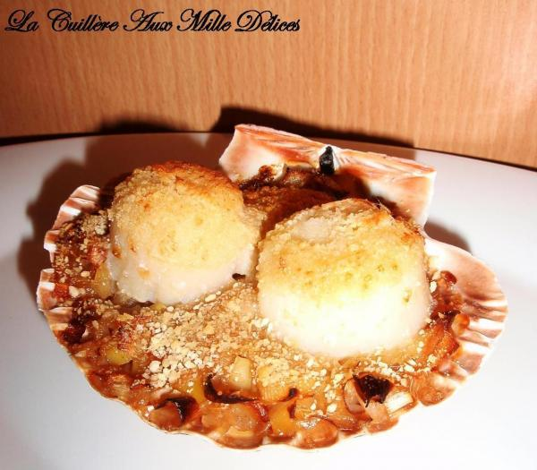 recette coquille saint jacques sur fondue de poireaux 750g. Black Bedroom Furniture Sets. Home Design Ideas